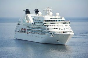 Cruise Ship Headed to Alaska Loses All Power
