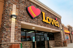 Love's Truck Stops Add 3,000 More Spaces In 2021